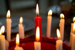 candles-1008049_960_720-300x200