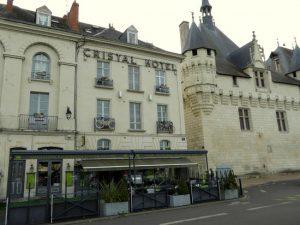 cristal-hotel-restaurant-300x225