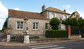 Saint-Martin-en-Bière-FR-77-mairie-10