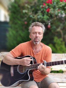 guitare-jardin-225x300