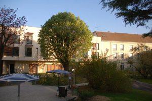 EHPAD-Résidence-Saint-Joseph-LOUVECIENNES-78430-4-300x200